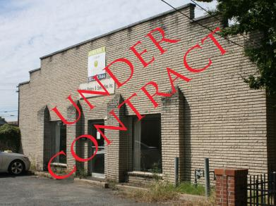 http://argosadvisors.com/wp-content/uploads/2012/10/1316-S-Tryon-Under-Contract-wpcf_391x293.jpg